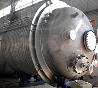 内江客户定制的5000L外盘管蒸汽加热不锈钢必威体育精装版本下载