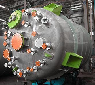 广元某客户定制的4000L电阻远红外加热不锈钢反应釜