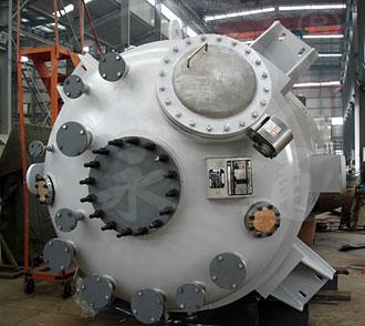 达州某客户定制的8000L夹套蒸汽加热不锈钢反应釜