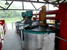 30t/hSBS改性乳化沥青生产线平台一侧