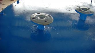 盐酸罐顶部排气口