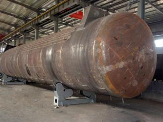 30立方碳钢储罐加工现场