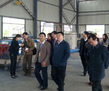 四川省商务厅领导参观四川永通机械生产车间